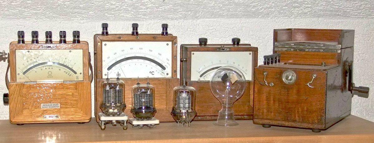 antike messger te industriewerkzeuge ausr stung. Black Bedroom Furniture Sets. Home Design Ideas